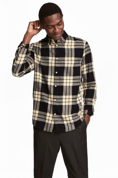 Flannel shirt Regular fit - Black/Yellow striped - Men | H&M
