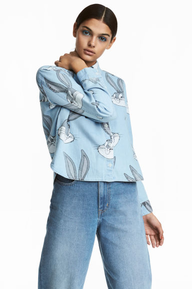 Patterned denim shirt - Light denim blue/Looney Tunes - Ladies | H&M 1
