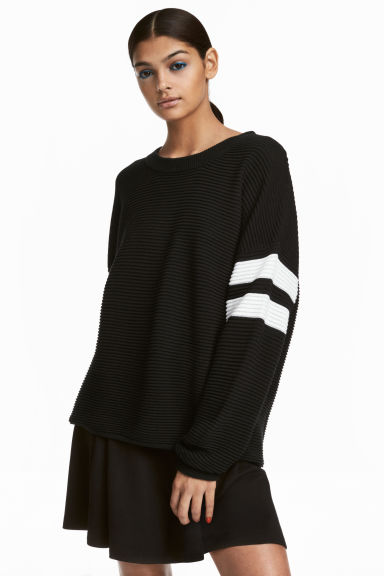 Rib-knit Sweater Model