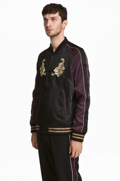 Embroidered satin jacket Model