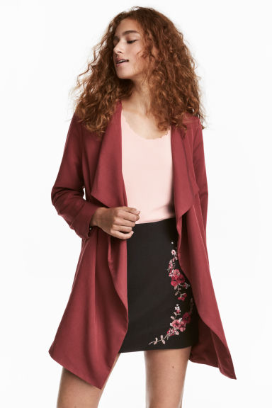 Gedrapeerde mantel - Donkerrood - DAMES | H&M BE 1