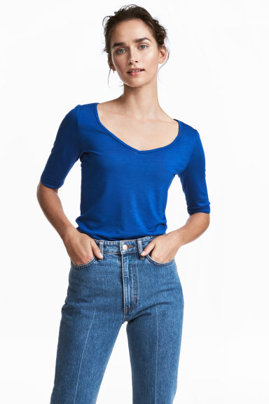 V-neck top - Bright blue - Ladies | H&M GB