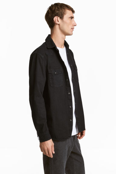 Denim shirt Regular fit - Black - Men | H&M