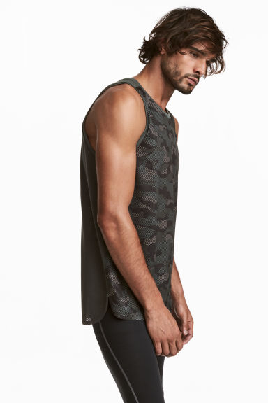Sports vest top - Khaki green/Patterned - Men | H&M CN 1