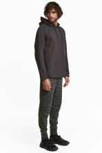 Sports trousers - Khaki green/Patterned - Men | H&M 1