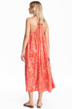 Sleeveless maxi dress - Coral/Patterned - Ladies | H&M CN 1