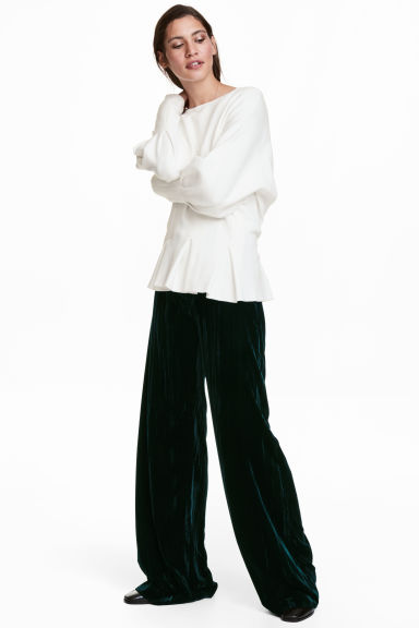 Wide velvet trousers - Dark khaki green - Ladies | H&M CN