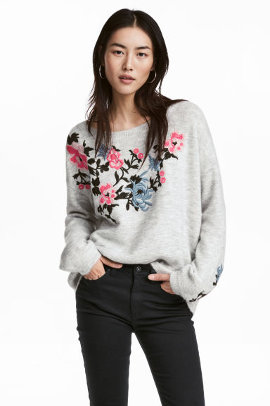 Knitted jumper with embroidery - Light grey marl - Ladies | H&M CN