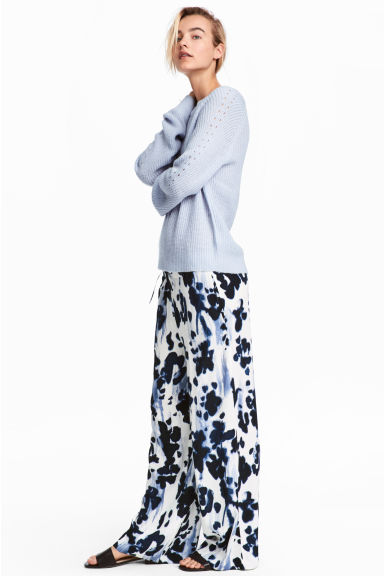 Wide trousers - White/Dark blue - Ladies | H&M CN 1