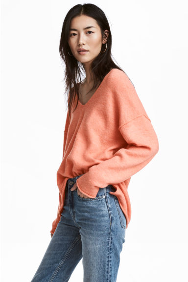 V-neck jumper - Light orange - Ladies | H&M