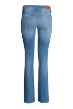 Vaqueros Boot cut Low - Azul denim - MUJER | H&M ES 3