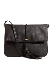Shoulder bag with a tassel
