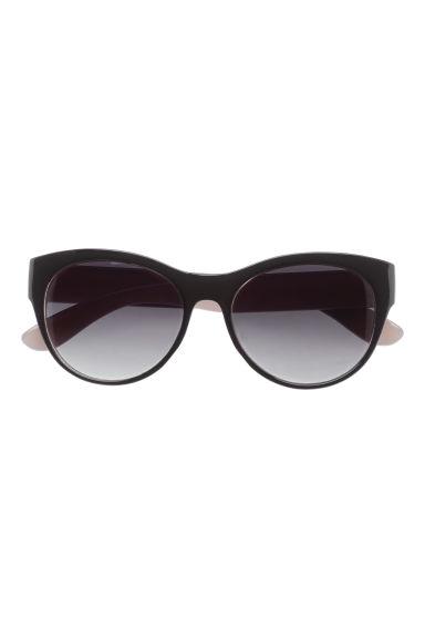 lunettes de soleil noir femme h m fr. Black Bedroom Furniture Sets. Home Design Ideas