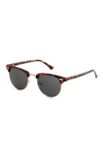 Sunglasses - Tortoise shell - Ladies | H&M GB 1