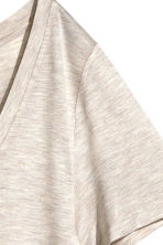 Top con scollo a V - Beige chiaro - DONNA | H&M IT 3