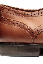 Brogues - Cognac brown - Men | H&M CN 5