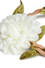 Hairband with flowers - Natural white - Ladies | H&M CN 2