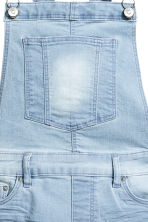 Denim bib shorts - Light denim blue - Ladies | H&M CN 4