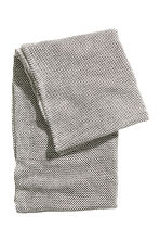 Knitted tube scarf - White/Patterned - Ladies | H&M CN 2