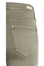 Shaping Skinny Regular Jeans - Khaki green - Ladies | H&M CN 4