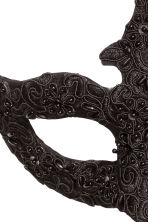 Beaded fancy dress mask - Black - Ladies | H&M CN 2
