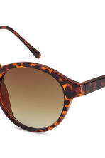 Sunglasses - Tortoiseshell - Ladies | H&M CN 3