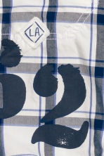 Generous fit Clamdiggers - White/Checked - Kids | H&M CN 2