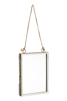 Small metal frame