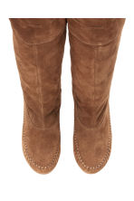 Knee-high suede boots - Dark beige - Ladies | H&M CN 2