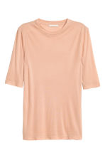 Top in a silk blend - Powder beige - Ladies | H&M CN 2