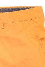 Chino shorts - Orange - Men | H&M CN 2