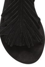 Suede sandals with fringes - Black - Ladies | H&M CN 4