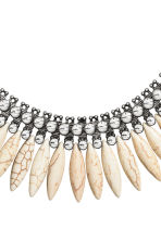 Short necklace - Silver/White - Ladies | H&M CN 2