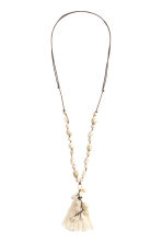 Necklace with seashells - Natural white - Ladies | H&M CN 1