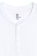 Short-sleeved Henley shirt - White -  | H&M 3
