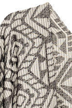 Jacquard-weave poncho - Black/White/Patterned - Ladies | H&M CN 2