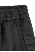 Shorts in a linen blend - Black - Ladies | H&M CN 3