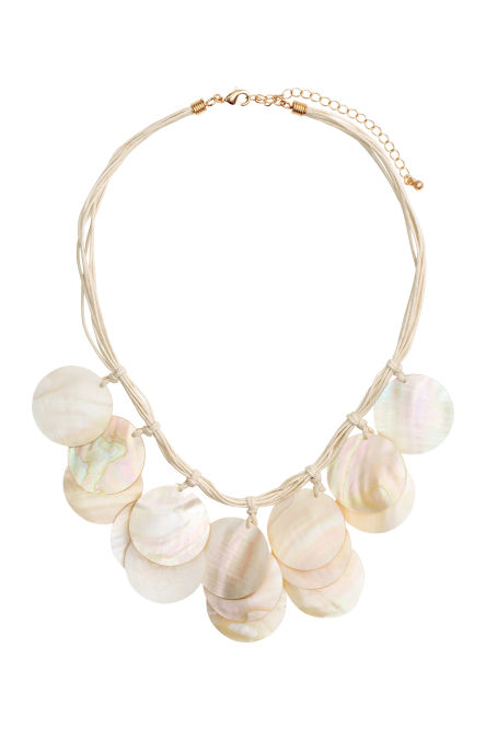 Necklace with shell pendants