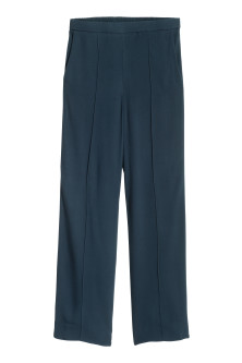 Wide trousers with stripes