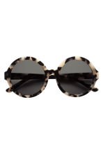 Polarised sunglasses - Tortoise shell - Ladies | H&M GB 2