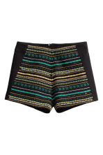 Embroidered shorts - Black - Ladies | H&M CN 2
