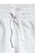 Sweatshirt shorts - Light grey - Men | H&M CN 2