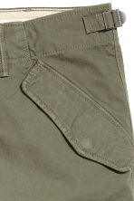Cargo trousers - Khaki green - Men | H&M 4