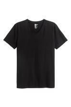 V-neck T-shirt Slim fit - Black - Men | H&M 2
