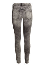 Superstretch trousers - Dark grey washed out - Ladies | H&M CN 2