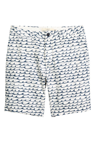 Chino shorts - White/Waves - Men | H&M CN 1