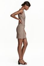 Fitted dress - Beige/Checked - Ladies | H&M CN 4