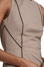 Fitted dress - Beige/Checked - Ladies | H&M CN 3