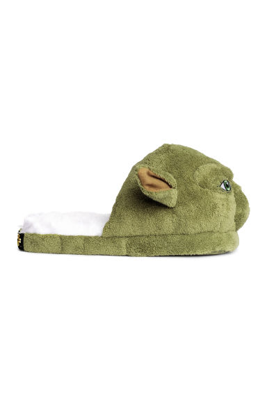 Slippers - Green/Yoda - Men | H&M CN