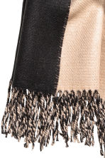 Reversible scarf - Beige/Black - Ladies | H&M CN 2